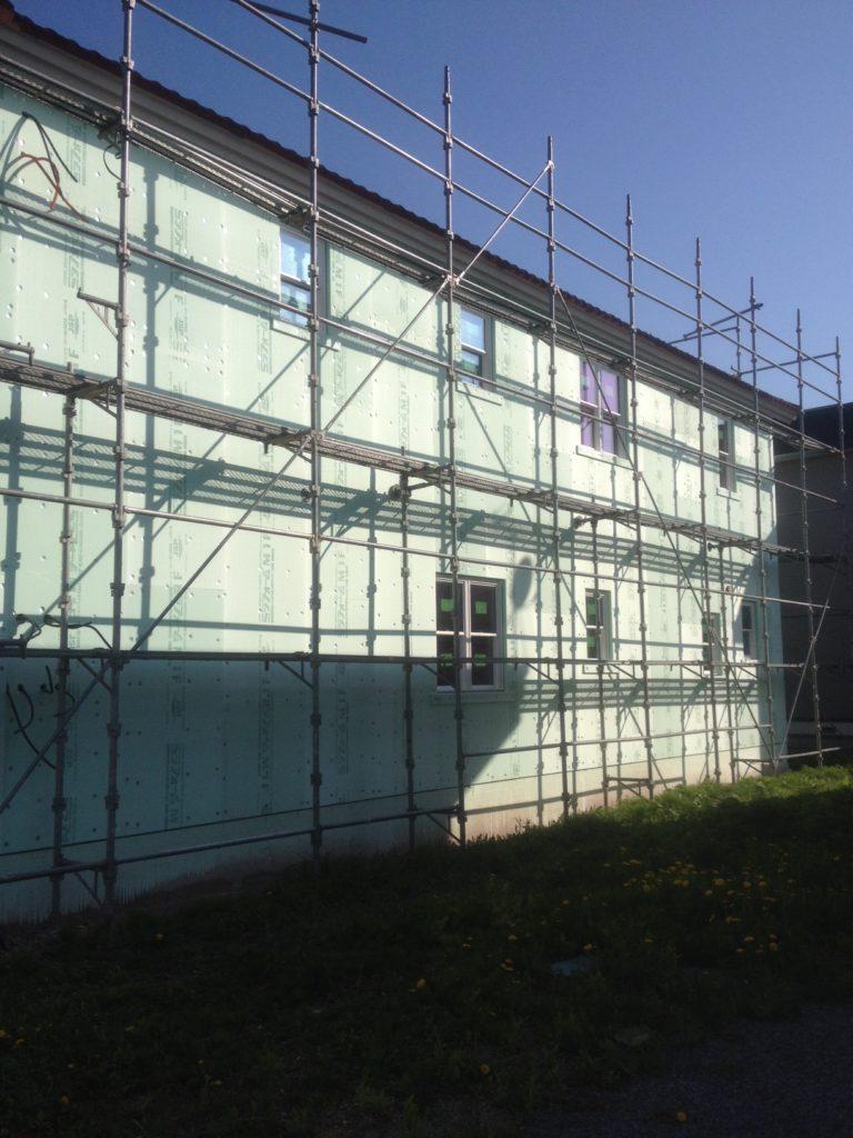 岩見沢市内戸建外壁断熱材貼工事