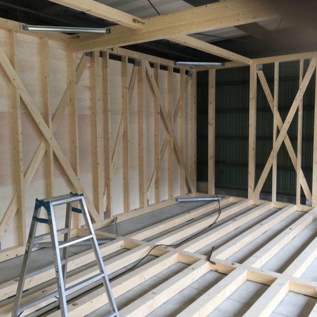 木軸工法によるショールーム製作